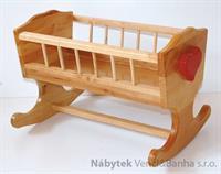dětská dřevěná hračka kolébka pro panenky