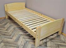 dřevěná dvojlůžková postel z masivního dřeva Baltic chalup