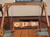 dřevěná zahradní houpačka Řezba 1 botodr
