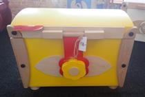 dřevěná dekorace hračka truhla malá na hračky doprodej skladem