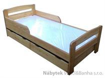 dřevěná jednolůžková postel dětská z masivního dřeva Smoczek chalup