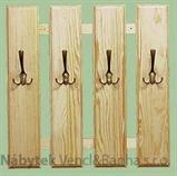 dřevěný věšák z masivu  drewm d30369