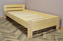dřevěná jednolůžková postel z masivního dřeva Redon chalup