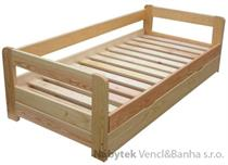 dřevěná dvojlůžková manželská postel s úložným prostorem Vision chalup