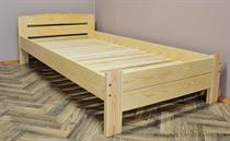 dřevěná dvoulůžková postel z masivního dřeva Redon chalup