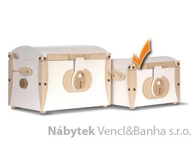 dřevěné úložné boxy pro hračky