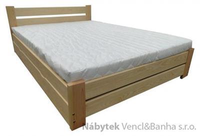 dřevěná dvojlůžková manželská postel s úložným prostorem Florencja chalup