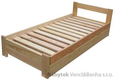 dřevěná dvojlůžková postel s úložným prostorem Sensation chalup