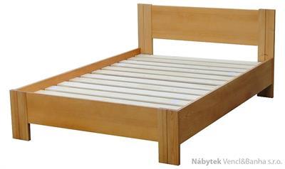 dřevěná dvojlůžková postel z masivního dřeva Etiuda chalup