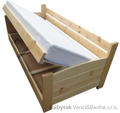 dřevěná dvojlůžková manželská postel s úložným prostorem VIP chalup