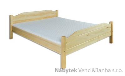 dřevěná dvojlůžková postel z masivního dřeva LK101