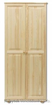 dřevěná šatní skříň z masivního dřeva borovice SF104 pacyg
