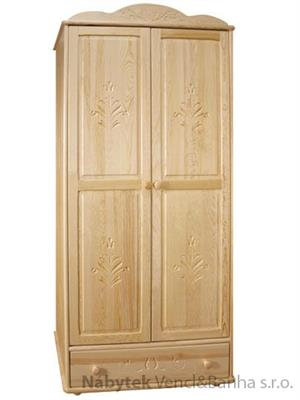 dřevěná šatní skříň dvojí dvířková vyřezávaná z masivního dřeva borovice z kolekce P08 drewfilip