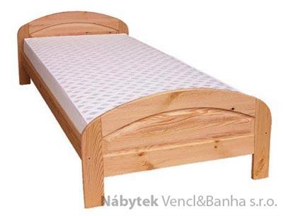 dřevěná dvojlůžková postel z masivního dřeva drewfilip E6