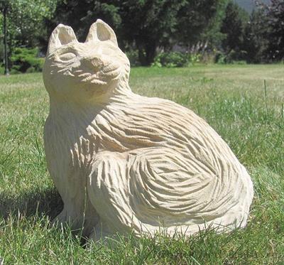 pískovcová zahradní dekorace kočka skladem